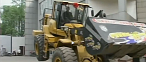 Front Loader Dances to Gangnam Style [Video]