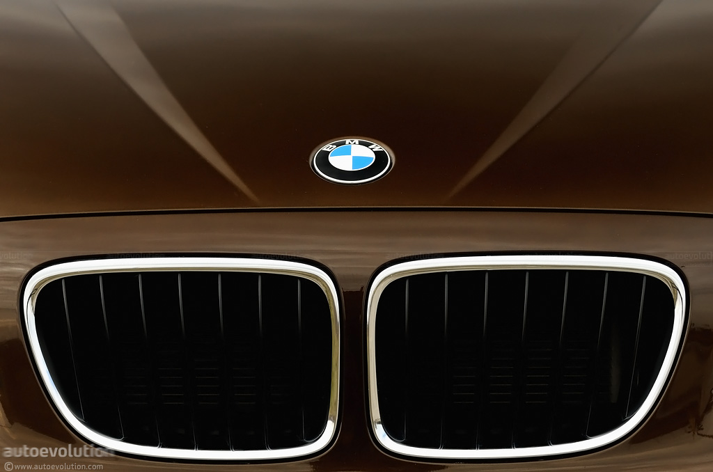 Front Wheel Drive Bmw On Route Autoevolution