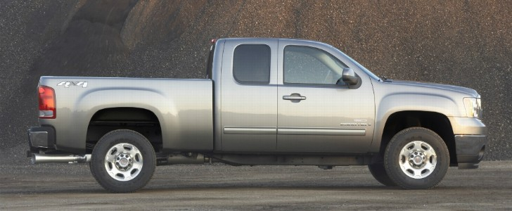 full size heavy duty gm trucks recalled over airbag issue autoevolution. Black Bedroom Furniture Sets. Home Design Ideas
