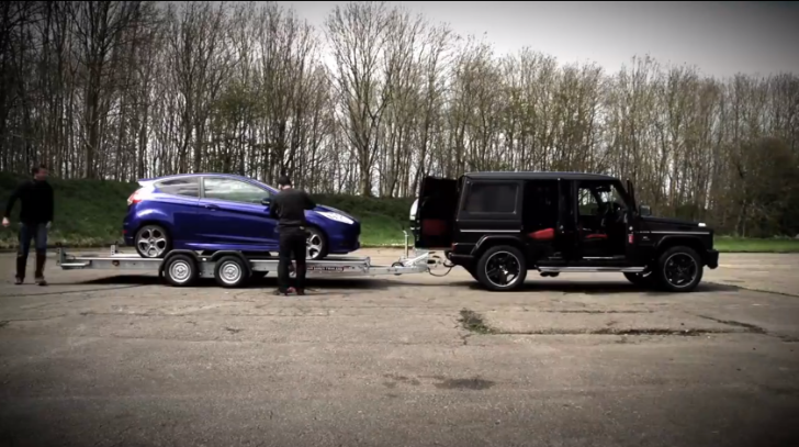 G63 AMG Accelerates While Towing a Fiesta ST [Video]