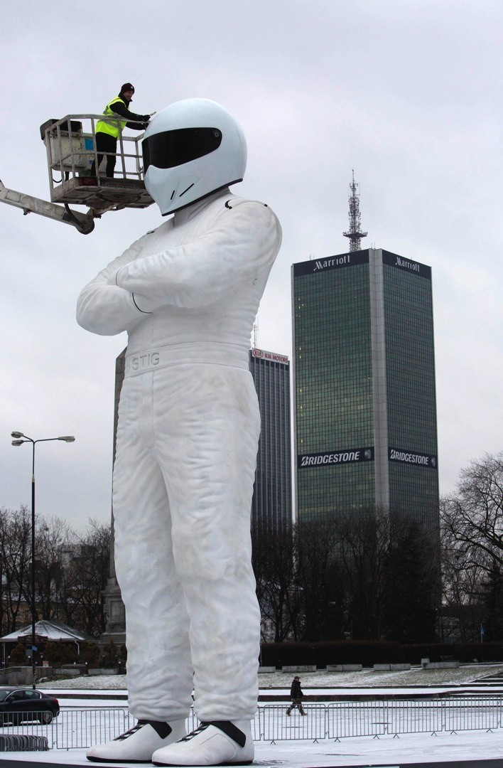 10 Meter Stig Statue Reaches Warsaw After 3 Day Journey