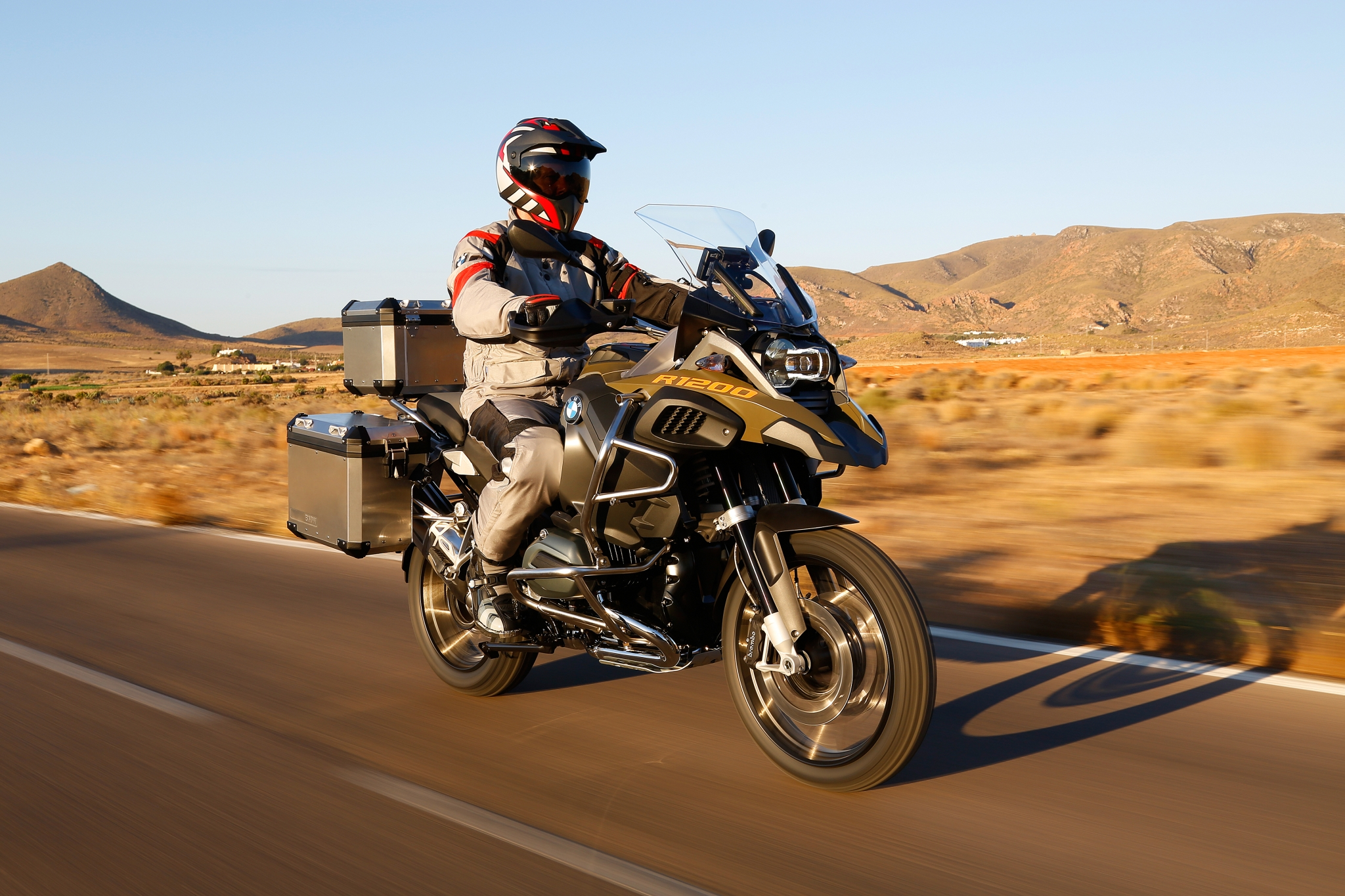 100+ Pictures of the 2014 BMW R1200GS Adventure ...