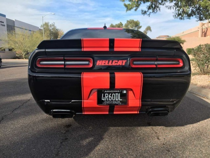 1 000 hp 2016 dodge challenger hellcat for sale at a whopping 155 000. Black Bedroom Furniture Sets. Home Design Ideas