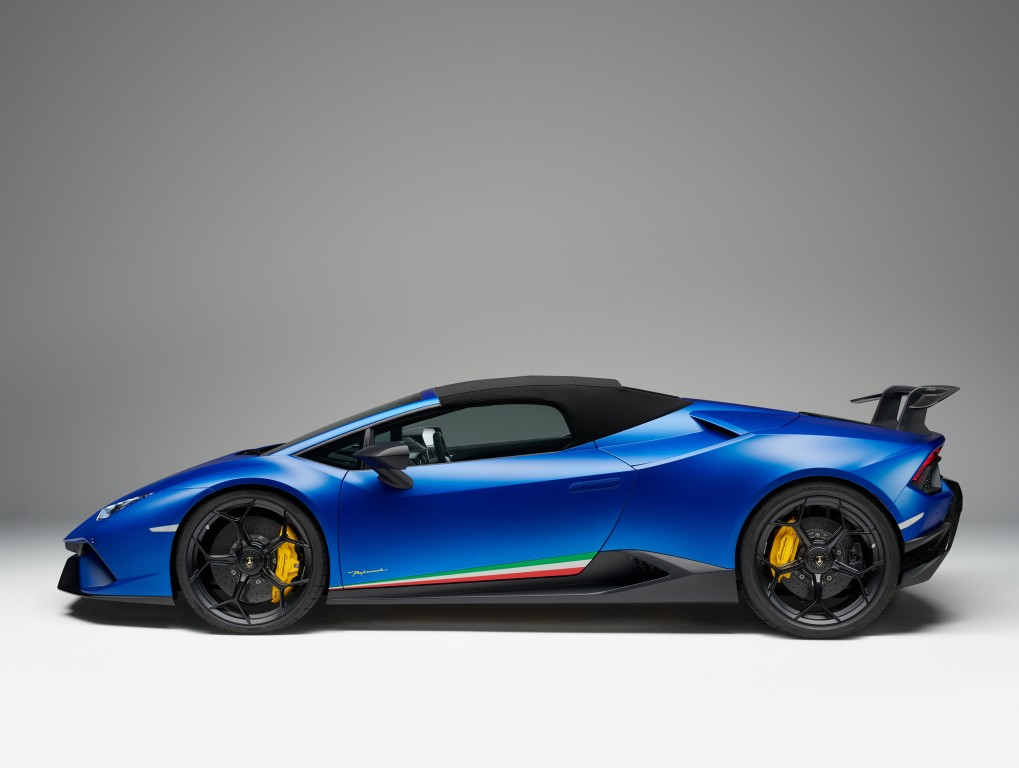 Why the Huracan Doesn't Have Lambo Doors like the ...