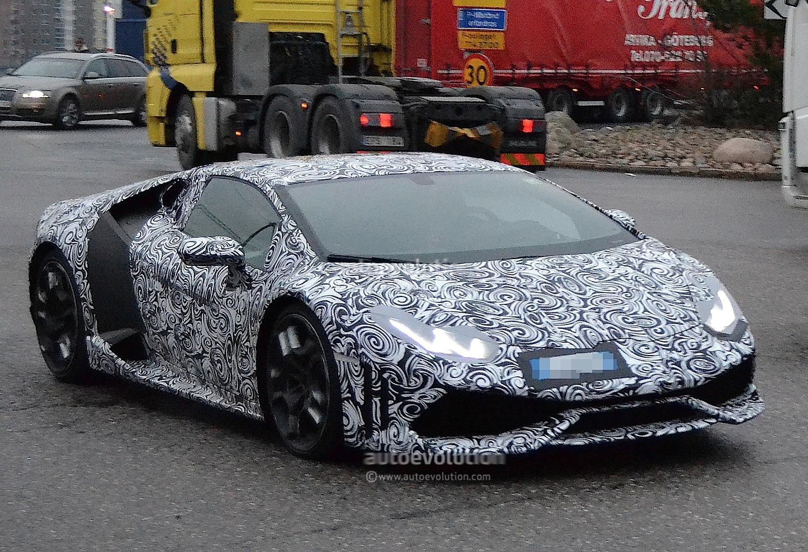 2013 - [Lamborghini] Huracán LP610-4  - Page 4 Lamborghini-cabrera-shows-retro-wheels-in-latest-spyshots-1080p-5