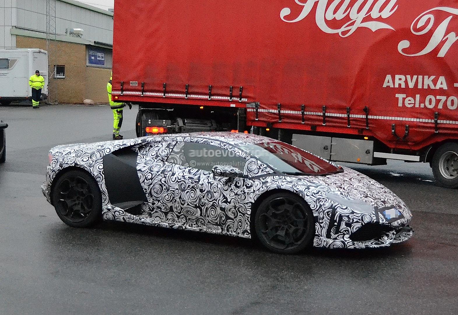 2013 - [Lamborghini] Huracán LP610-4  - Page 4 Lamborghini-cabrera-shows-retro-wheels-in-latest-spyshots-1080p-7