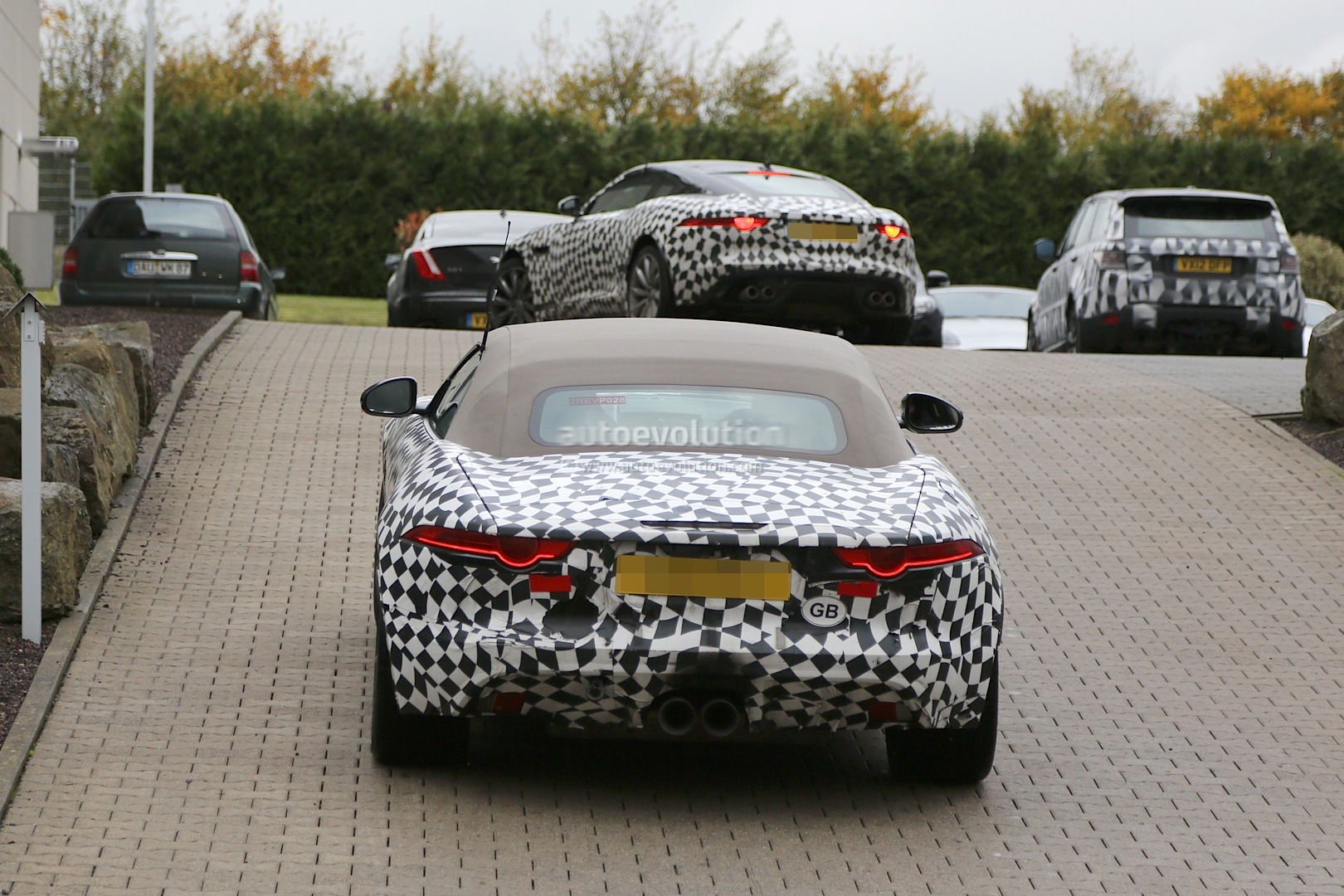 Jaguar F-Type Coupe Spotted Next to Convertible