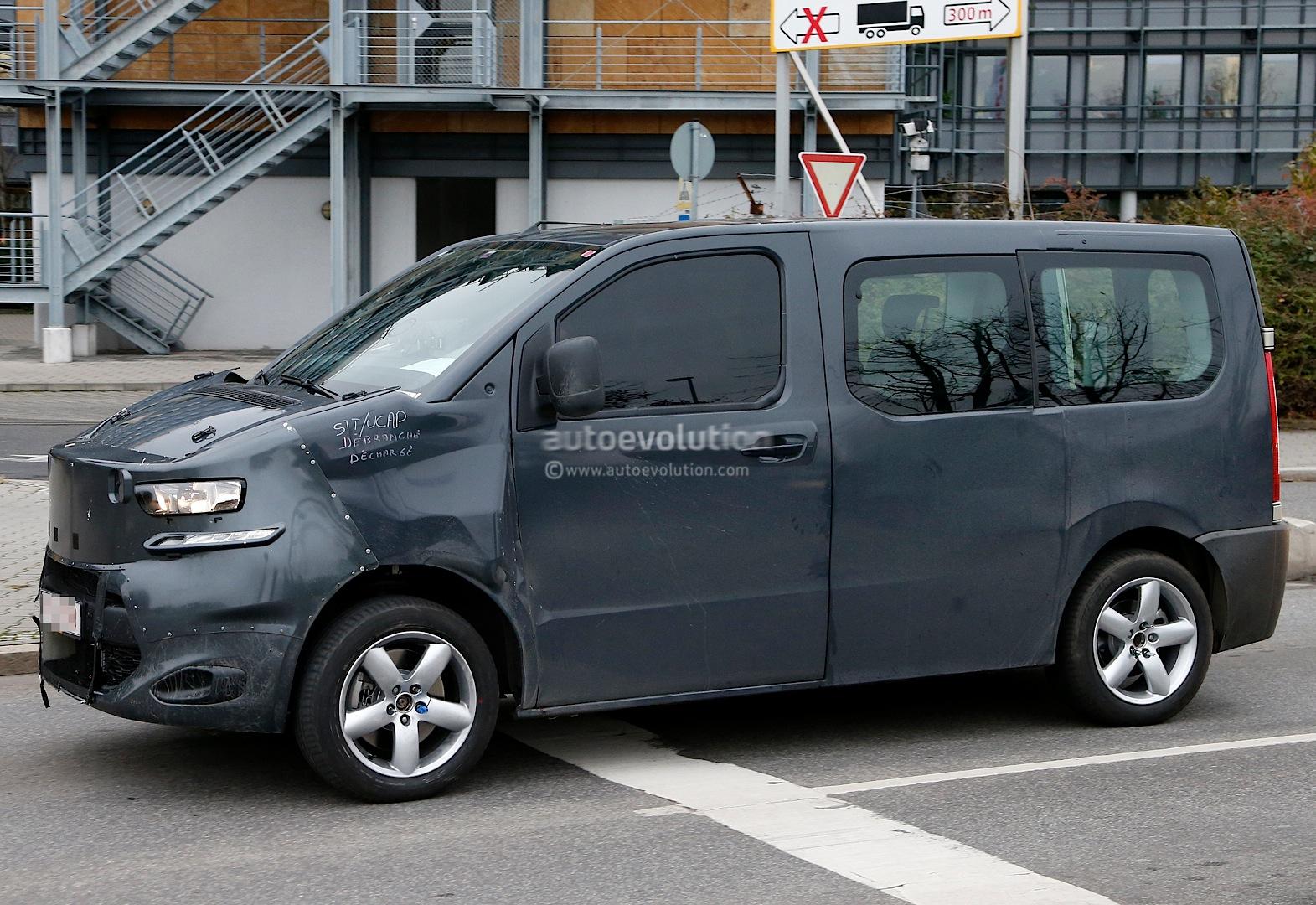 2016 - [Citroën/Peugeot/Toyota] SpaceTourer/Traveller/ProAce Spyshots-new-citroen-jumpy-takes-cues-from-2011-tubik-concept-1080p-3