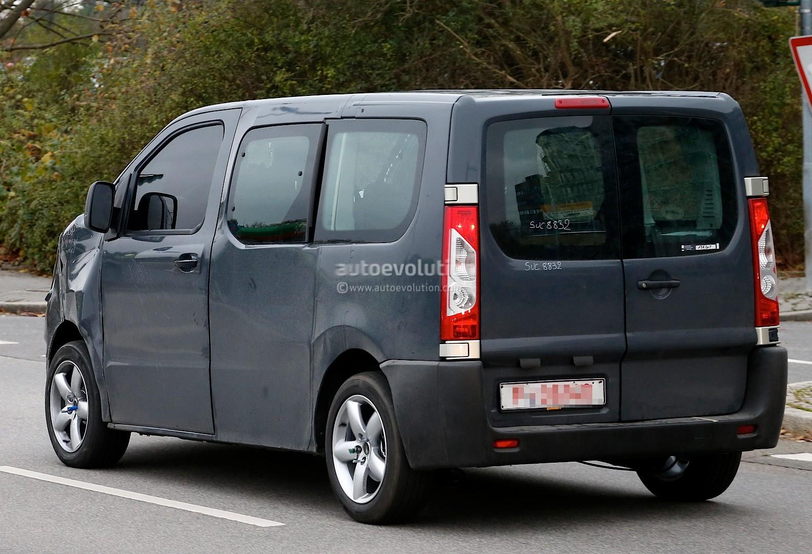 2016 - [Citroën/Peugeot/Toyota] SpaceTourer/Traveller/ProAce Spyshots-new-citroen-jumpy-takes-cues-from-2011-tubik-concept-1080p-7