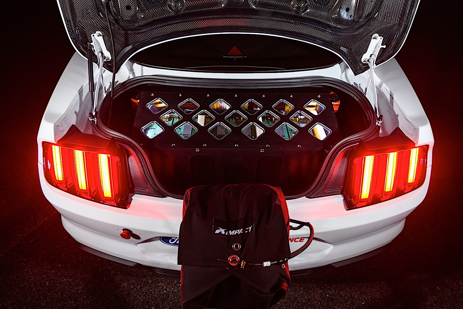 1,400 HP Electric Mustang Dragster Hits the Strip, 8.27s ...