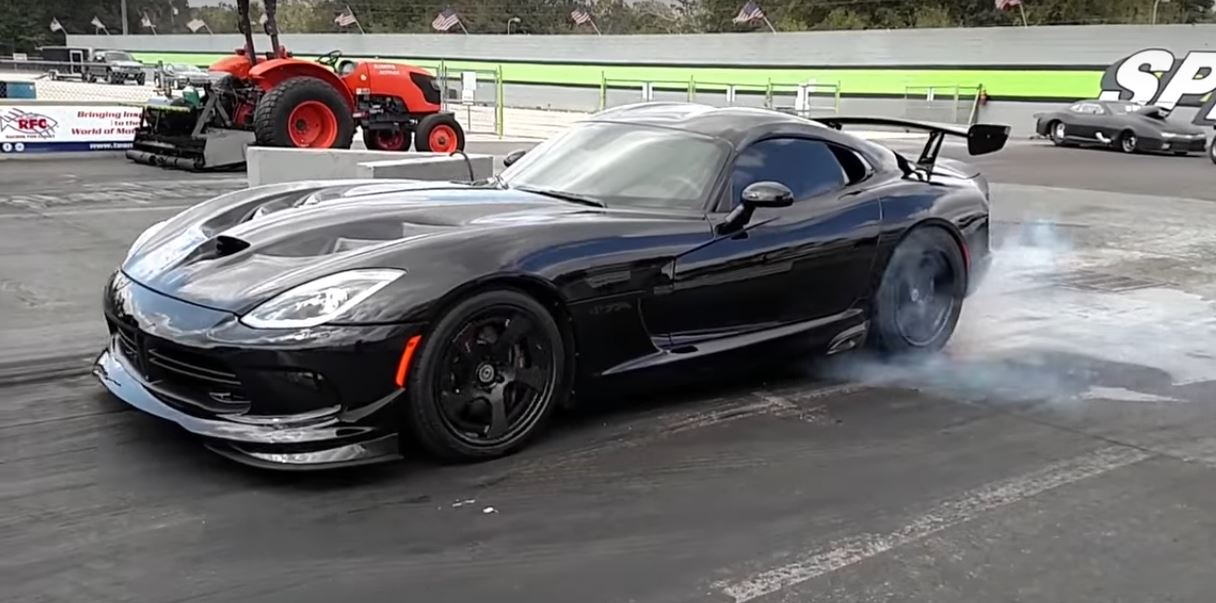 1 500 hp twin turbo viper sets two quarter mile world records in one run autoevolution. Black Bedroom Furniture Sets. Home Design Ideas