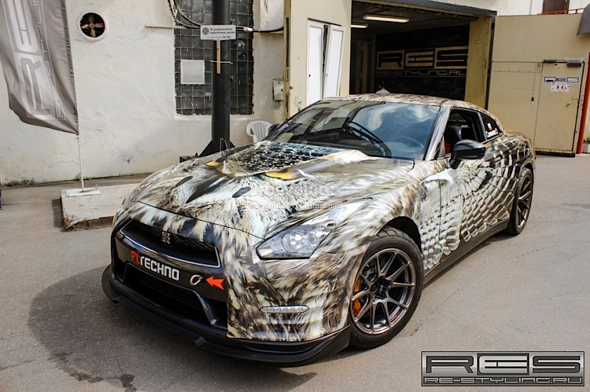 1 800 Hp Nissan Gt R Gets Owl Wrap Wings Appear When