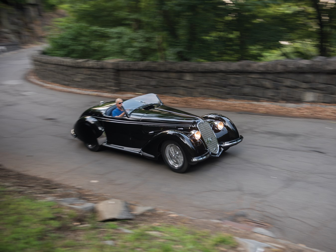 alfa romeo 8c 2900b lungo spider by touring heading to. Black Bedroom Furniture Sets. Home Design Ideas