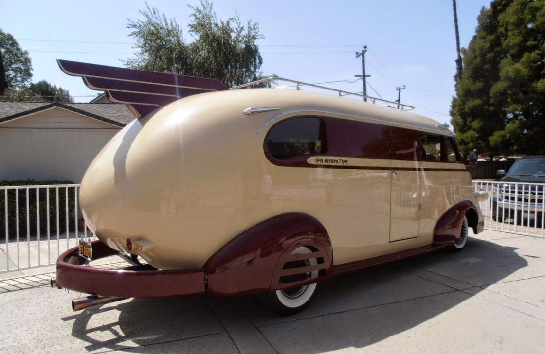 1941 Ford Western Flyer Is an RV We'd Love to Be Stuck