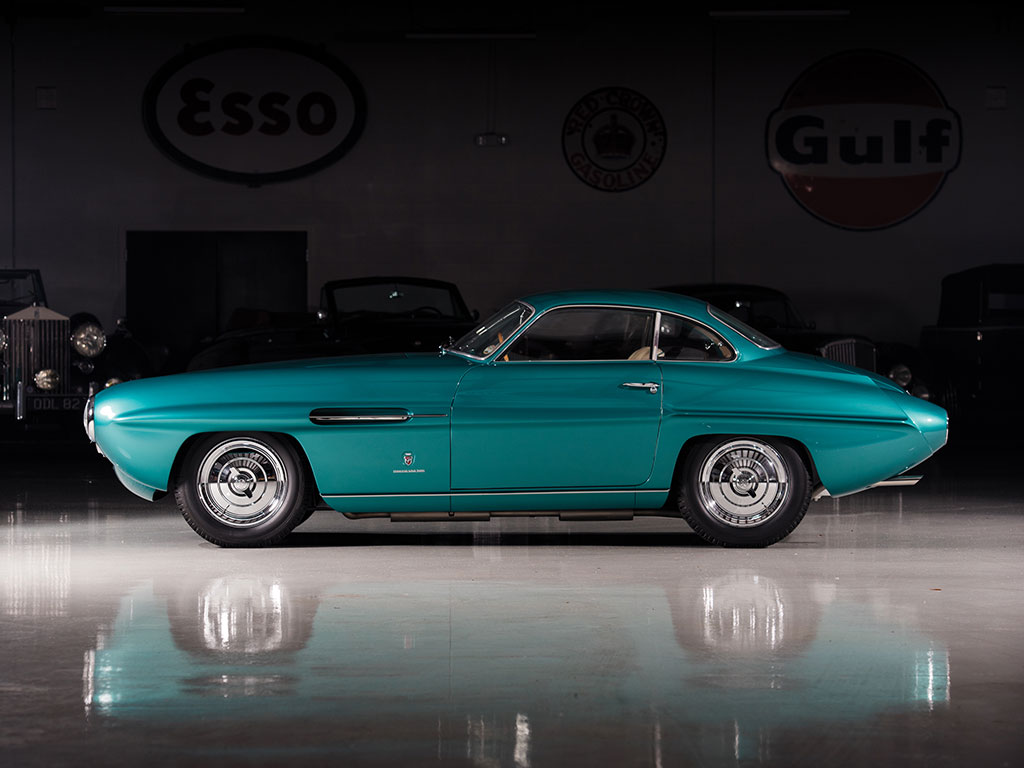 Fiat 8v Supersonic Packs Ghia Styling 2 0 Liter V8