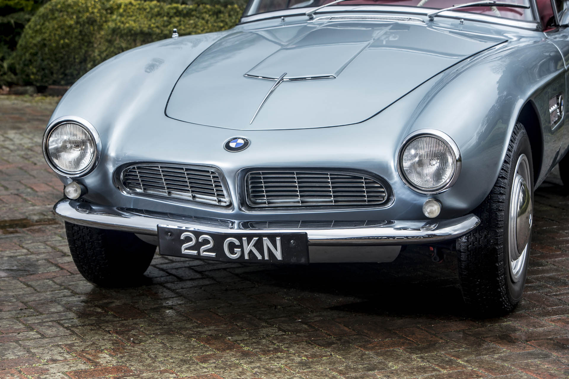 racing legend john surtees owned this lovely bmw 507 from 1957 to 2017 autoevolution. Black Bedroom Furniture Sets. Home Design Ideas