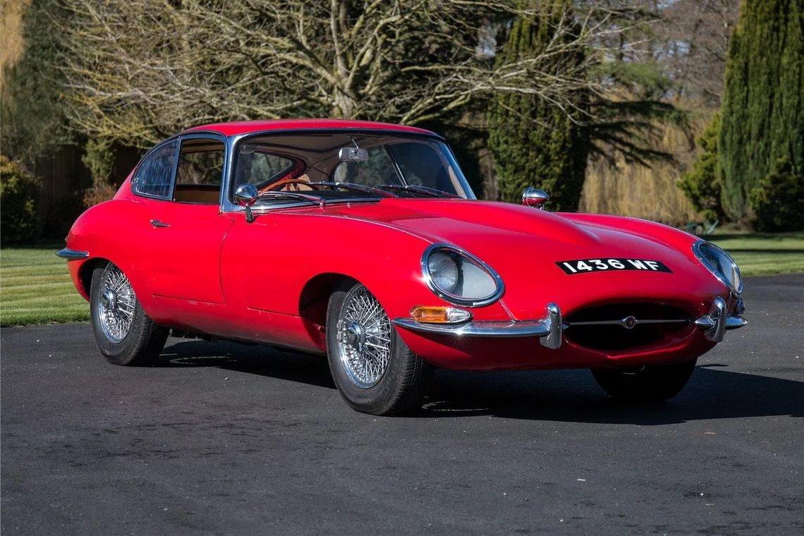 1961 jaguar e type 3 8 is a classic car collector s dream come true autoevolution. Black Bedroom Furniture Sets. Home Design Ideas