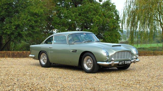 1964 Aston Martin Db5 James Bond Watches And Books Hit The Auction Block Autoevolution