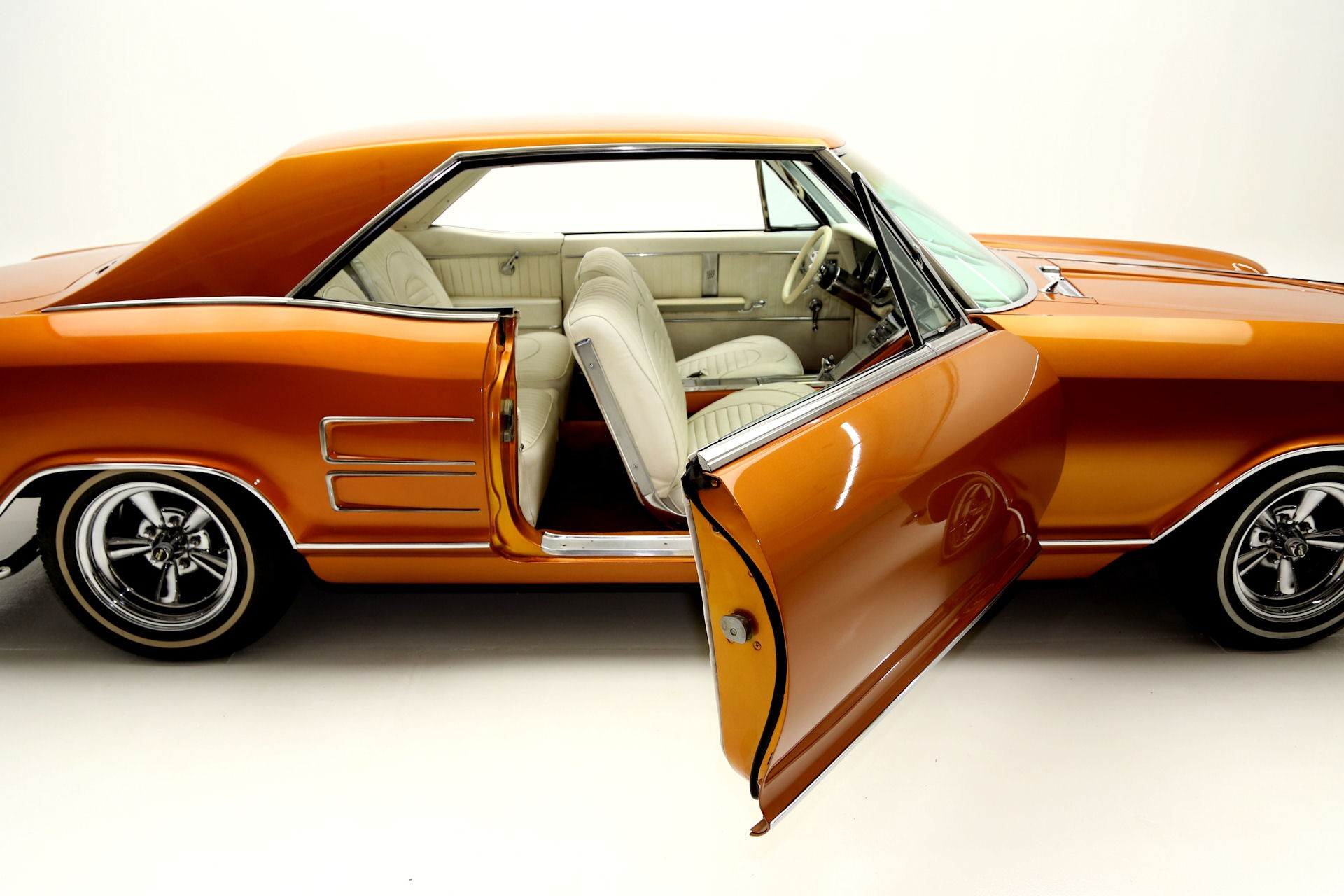 1964 Buick Riviera Was Owned by a Black Eyed Peas Member ...
