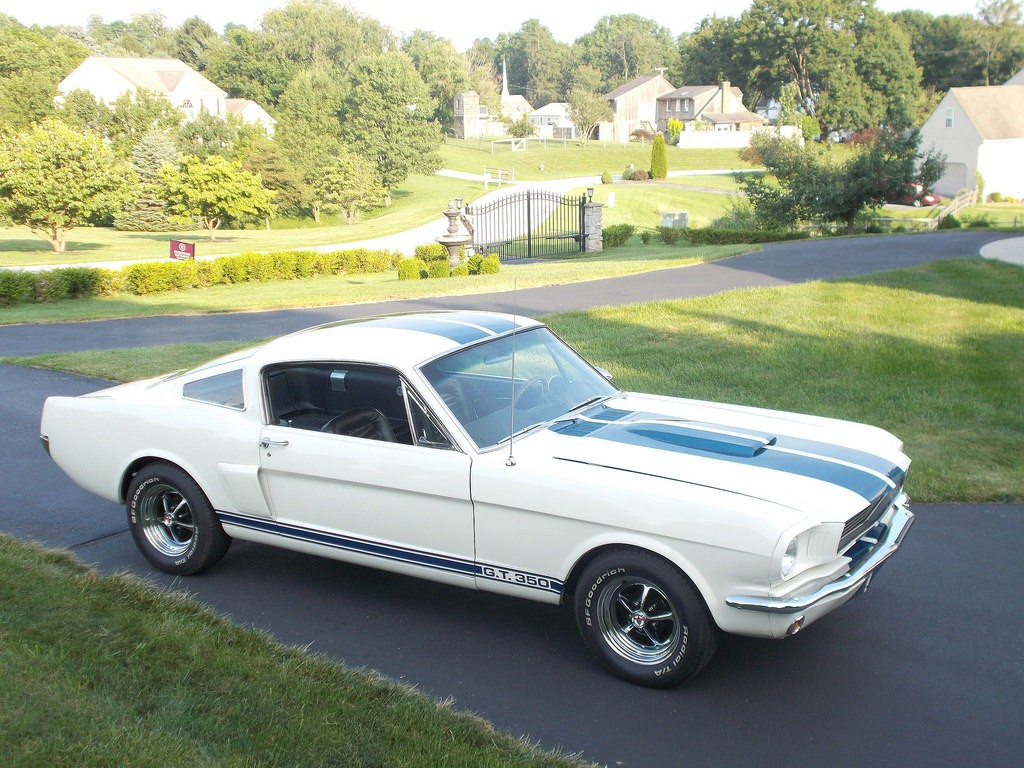 1966 ford mustang gt350 clone goes to auction driven just 1 000 miles after restoration