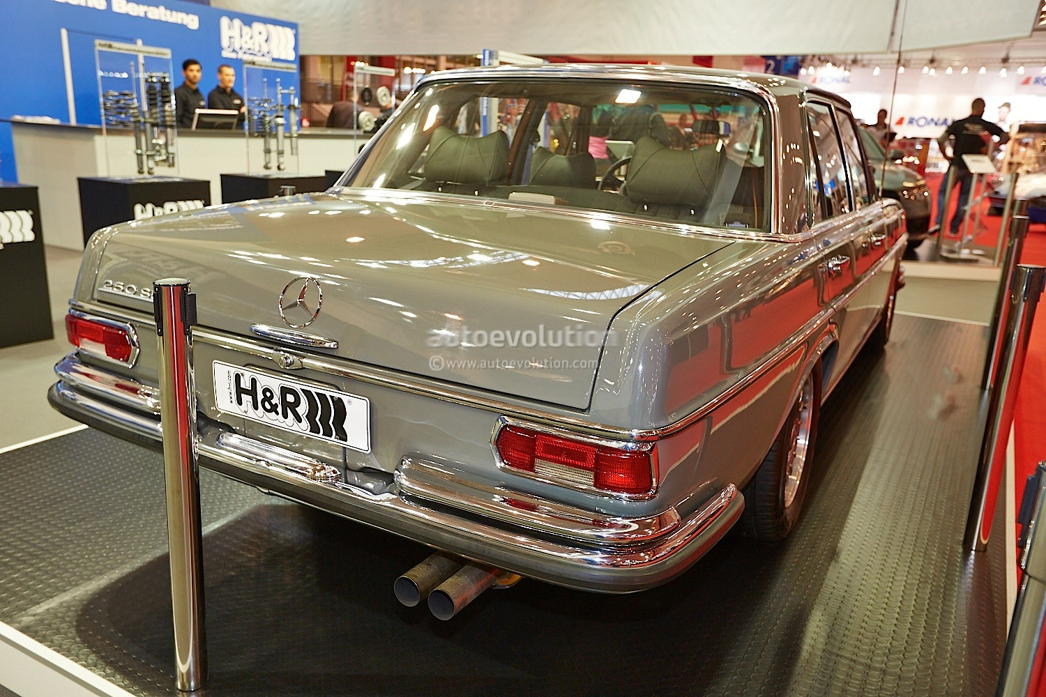 1967 mercedes benz 250 se with c 36 amg engine at essen for Mercedes benz 400 se