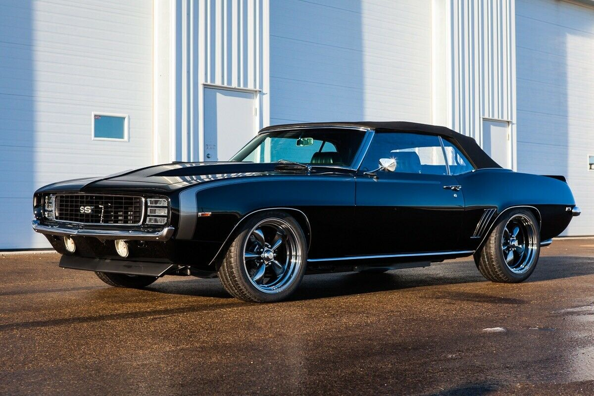 Revel in American Muscle with the 1969 Chevrolet Camaro SS