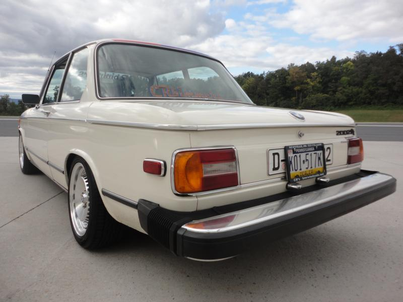 1975 bmw 2002tii up for sale in newville pennsylvania. Black Bedroom Furniture Sets. Home Design Ideas