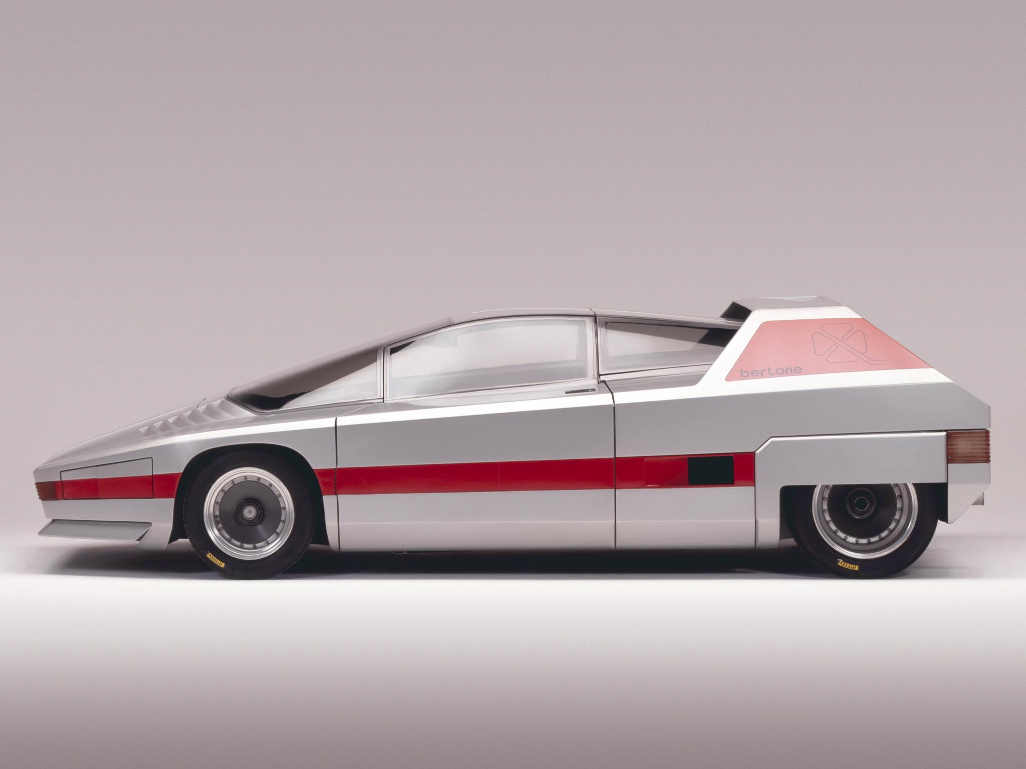 2017 Alfa Romeo 4c >> 1976 Alfa Romeo Navajo Concept, the 33 Stradale's Ugly ...