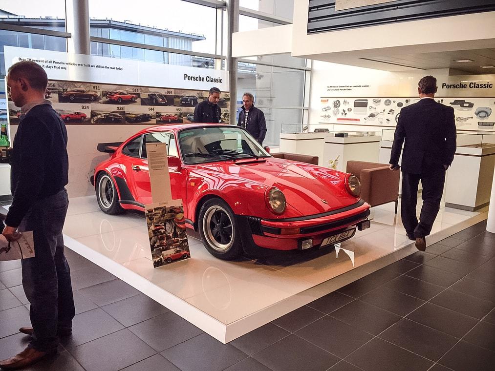 Pristine Rhd Porsche 930 Turbo Heading To Auction Autoevolution