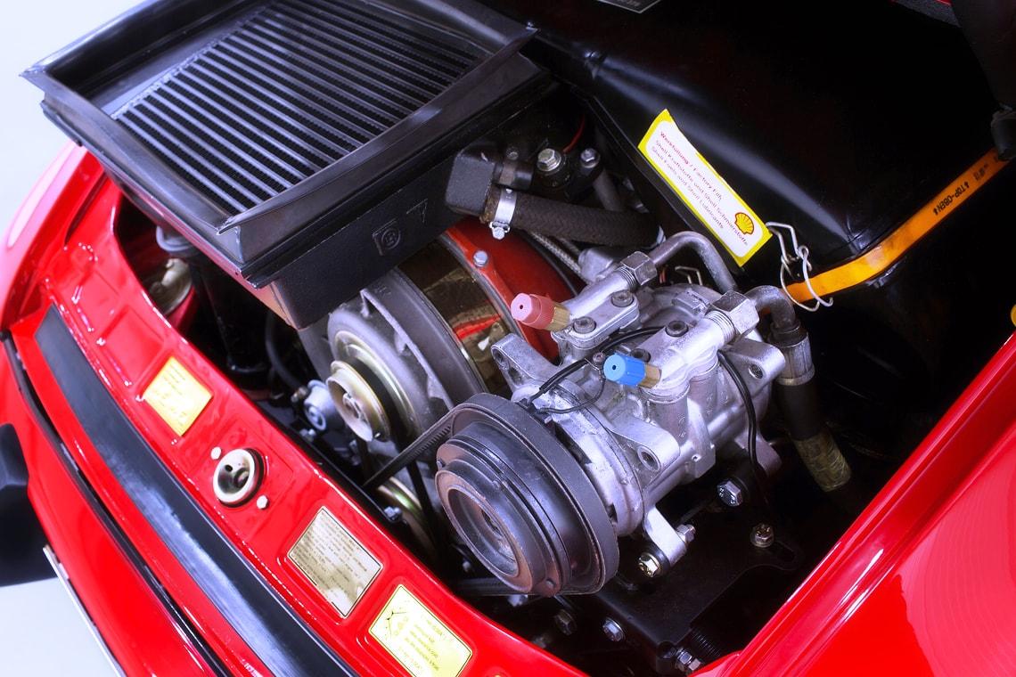 Pristine rhd porsche 930 turbo heading to auction autoevolution 1981 porsche 911 930 turbo coupe rhd vanachro Gallery