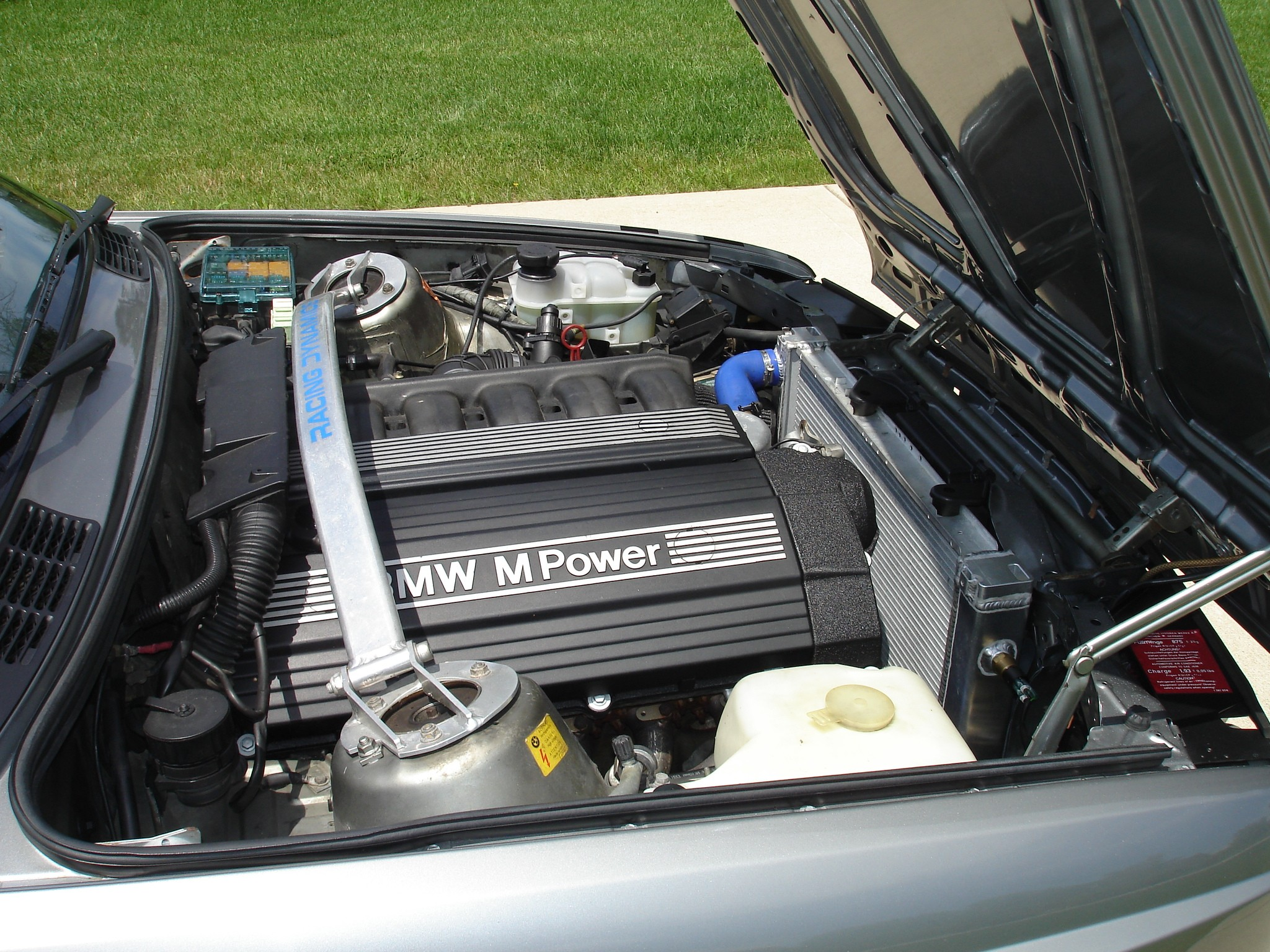 1988 bmw e30 m3 with inline 6 cylinder s52 engine up for. Black Bedroom Furniture Sets. Home Design Ideas