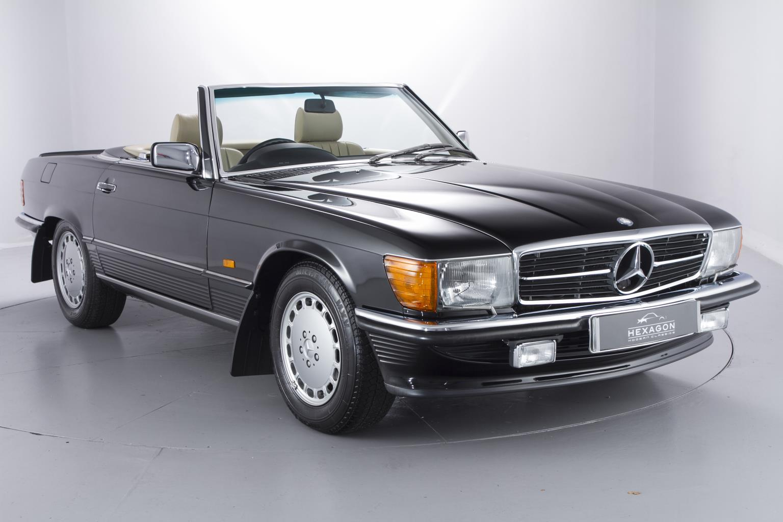1989 mercedes benz 500 sl with 965 miles on the clock is. Black Bedroom Furniture Sets. Home Design Ideas