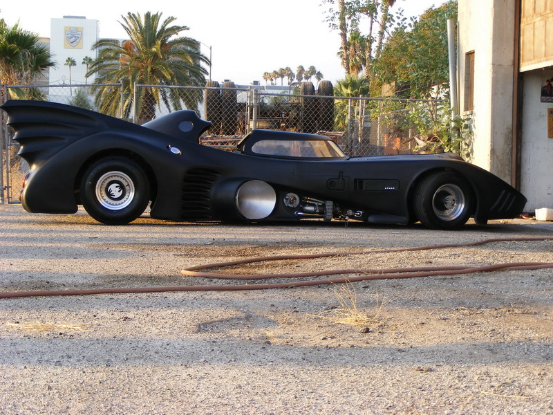 Batmobile Replica To Go Under Hammer In Las Vegas Autoevolution