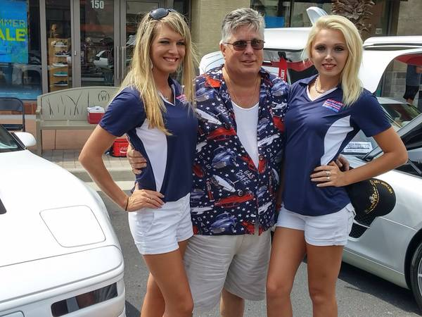 1993 Corvette Ad on Craigslist Is Using Hot Girls with ...