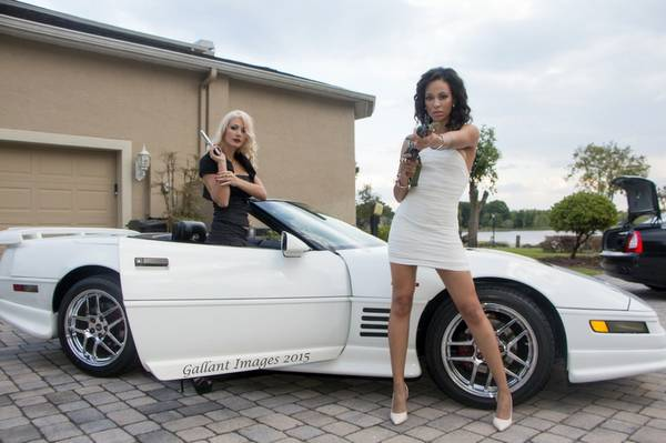 1993 Corvette Ad on Craigslist Is Using Hot Girls with Kalashnikovs