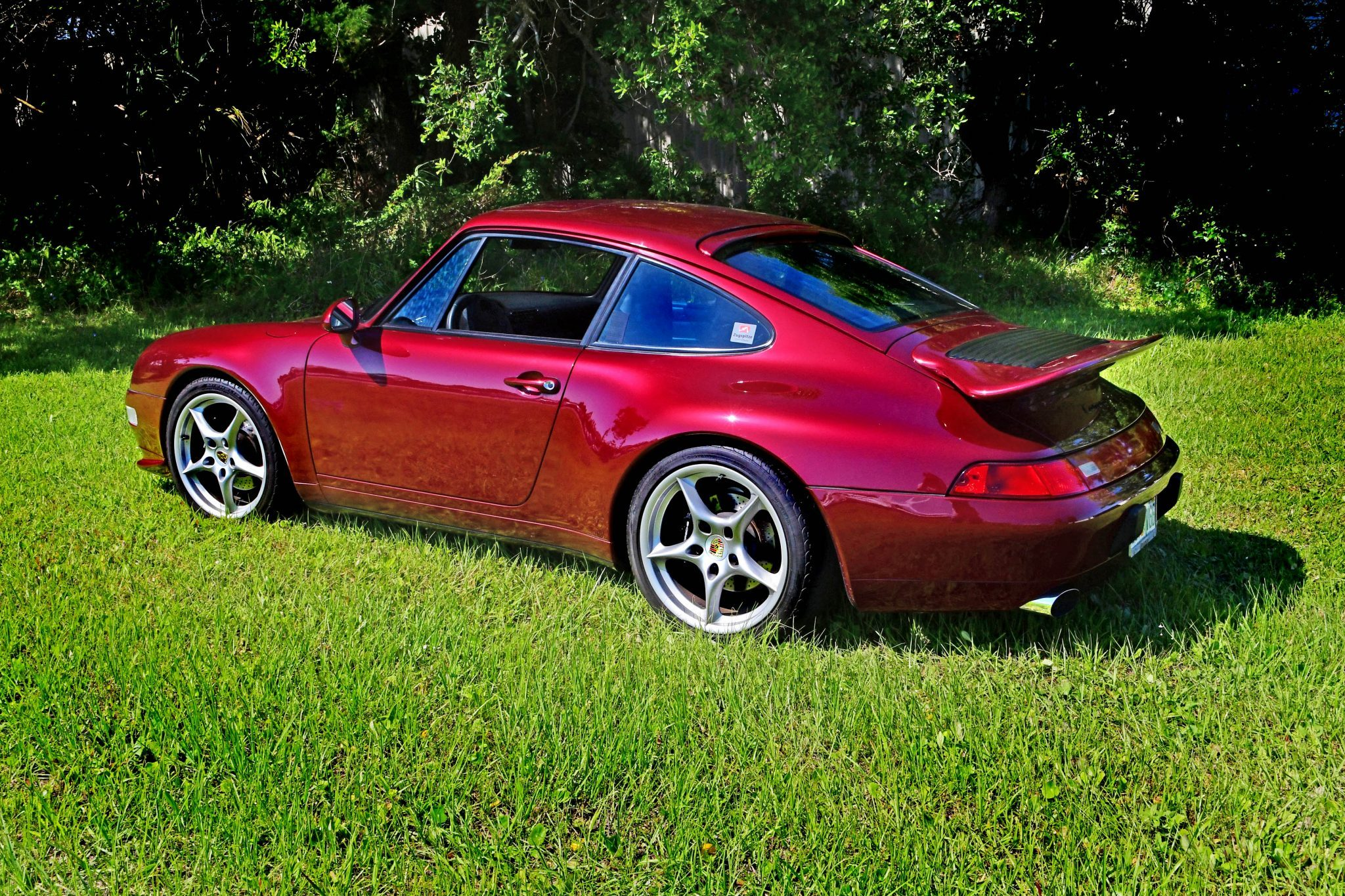 Arena Red 1997 Porsche 993 With Low Miles Looks Very Collectible Autoevolution