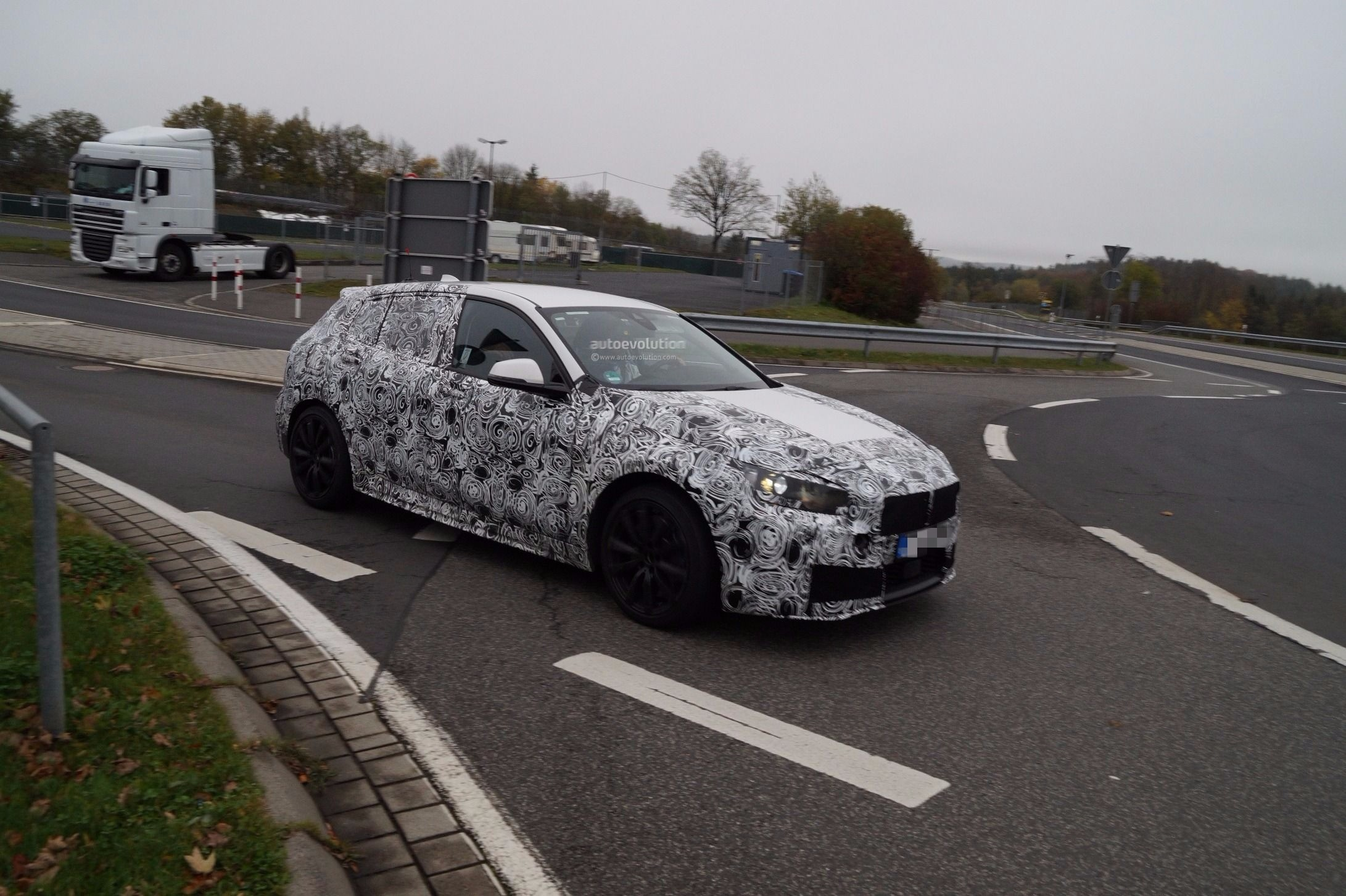 Spyshots 2019 Bmw 1 Series F40 Looks Roomier Thanks To Fwd Switch