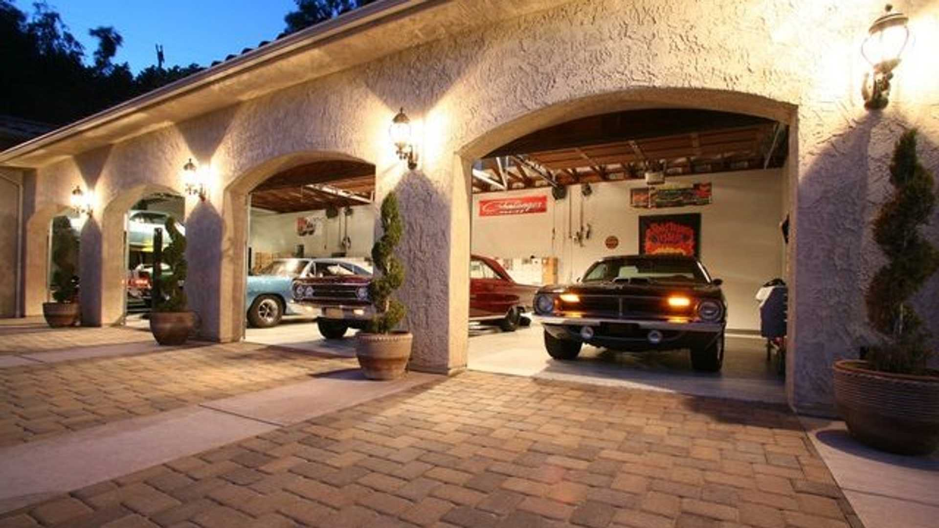 4 Car Garage House
