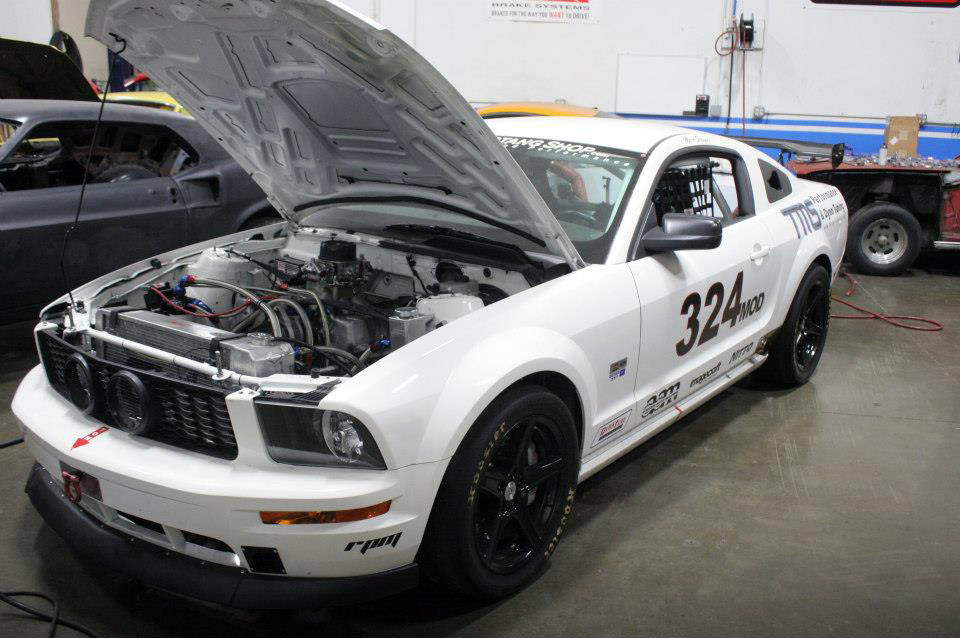 2008 Ford Mustang Goes Wild With Nascar Engine Autoevolution