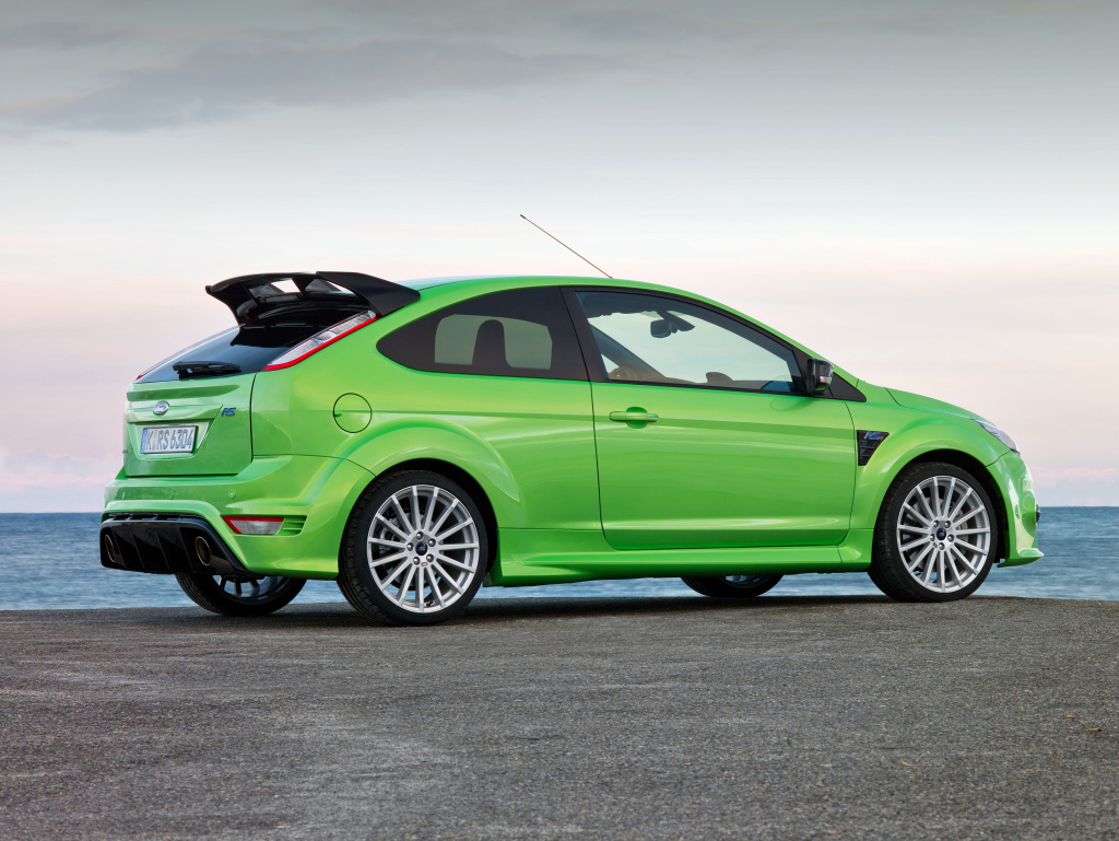 2009 ford focus rs full specifications released autoevolution. Black Bedroom Furniture Sets. Home Design Ideas