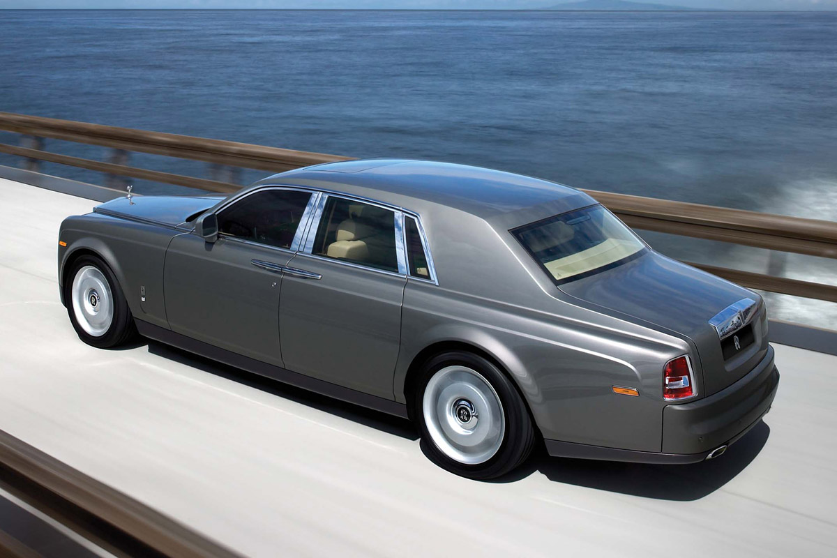 2009 Rolls-Royce Phantom Detailed - autoevolution