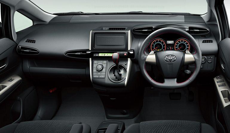 wish toyota 2009 japan debuts autoevolution dash