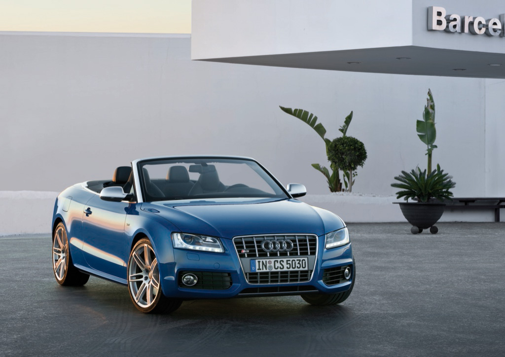 2010 audi a5 s5 cabriolet pics and details autoevolution. Black Bedroom Furniture Sets. Home Design Ideas