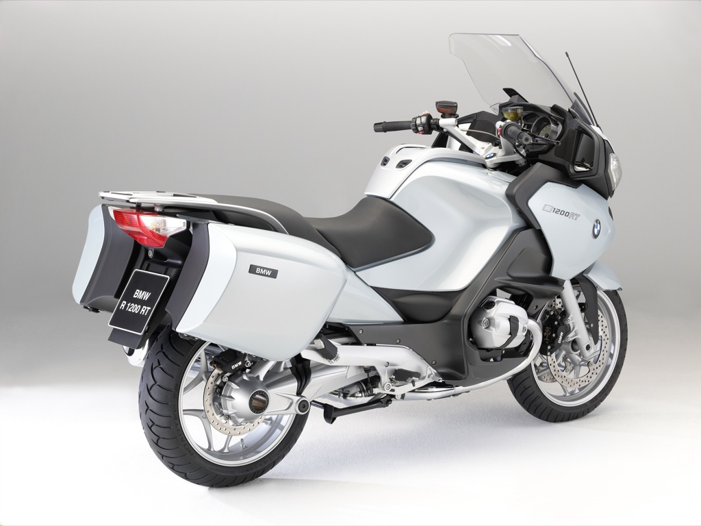 2010 bmw r 1200 rt revealed photo gallery included autoevolution. Black Bedroom Furniture Sets. Home Design Ideas
