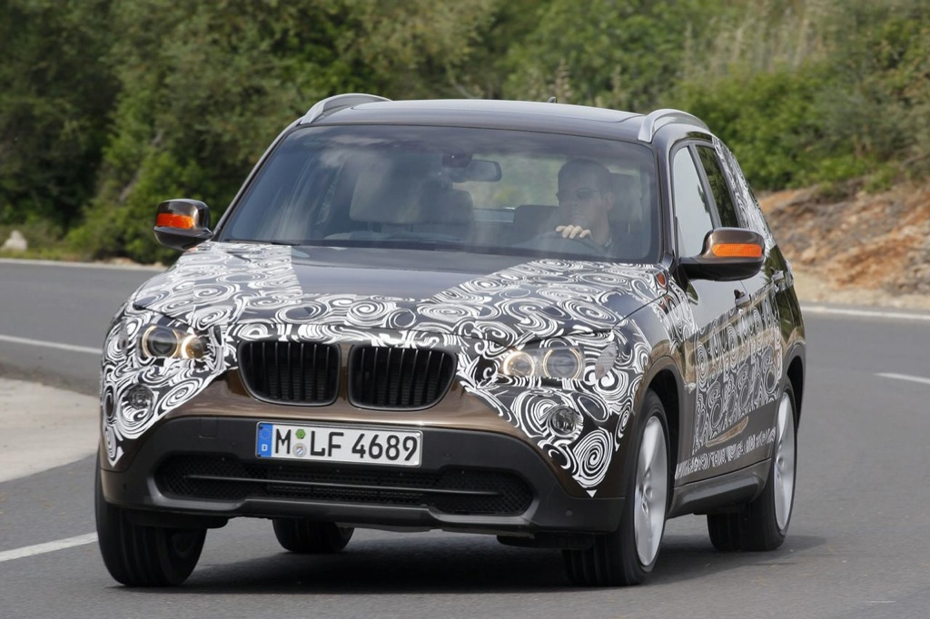 2010 bmw x1 official spyshots released autoevolution. Black Bedroom Furniture Sets. Home Design Ideas