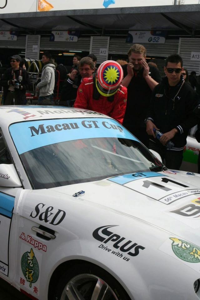 2010 Bufori BMS R1 Debuts at Macau GT Cup - autoevolution