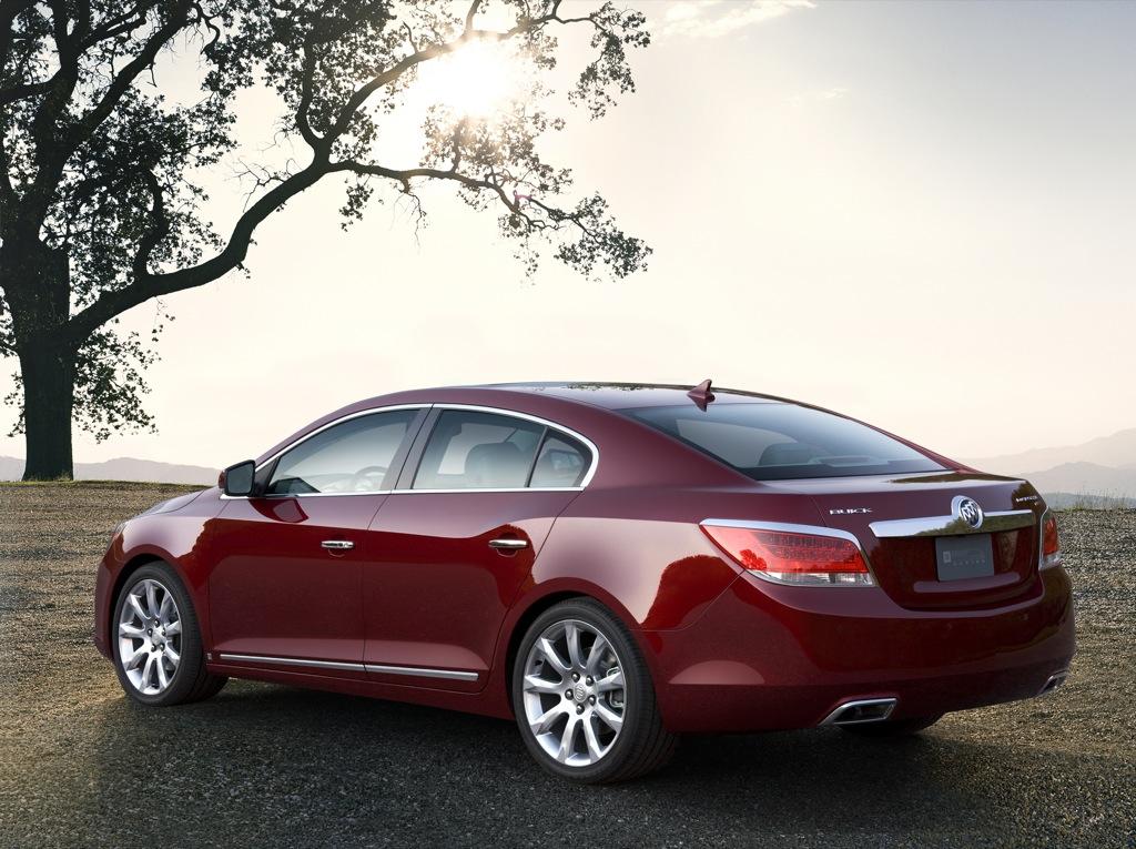 2010 Buick Lacrosse Luxury Sedan Detailed Autoevolution