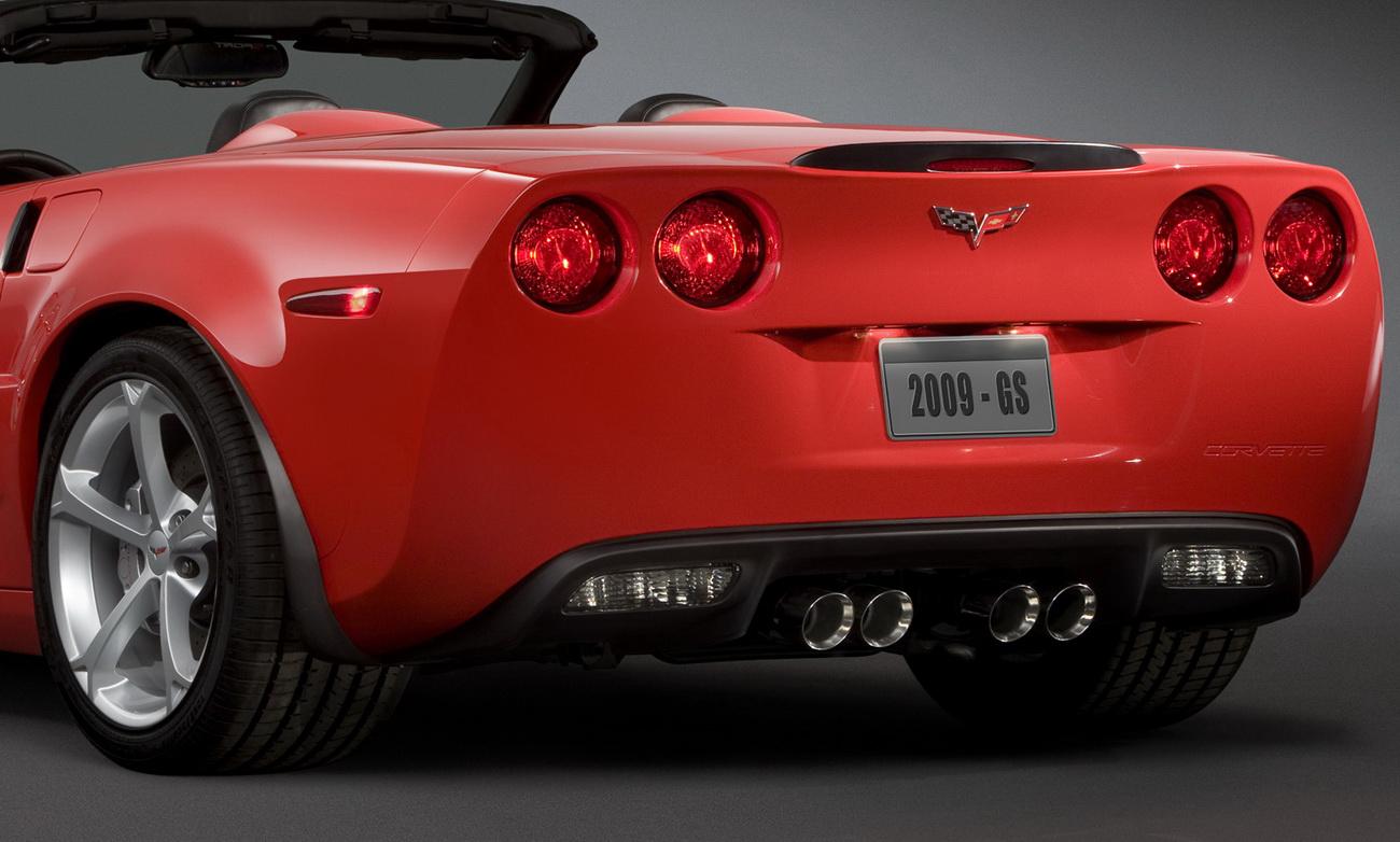 2010 chevrolet corvette grand sport new official photos autoevolution. Black Bedroom Furniture Sets. Home Design Ideas
