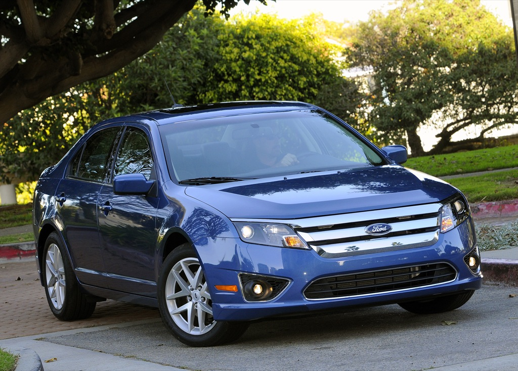 2010 ford fusion and mercury milan prices unveiled autoevolution. Black Bedroom Furniture Sets. Home Design Ideas