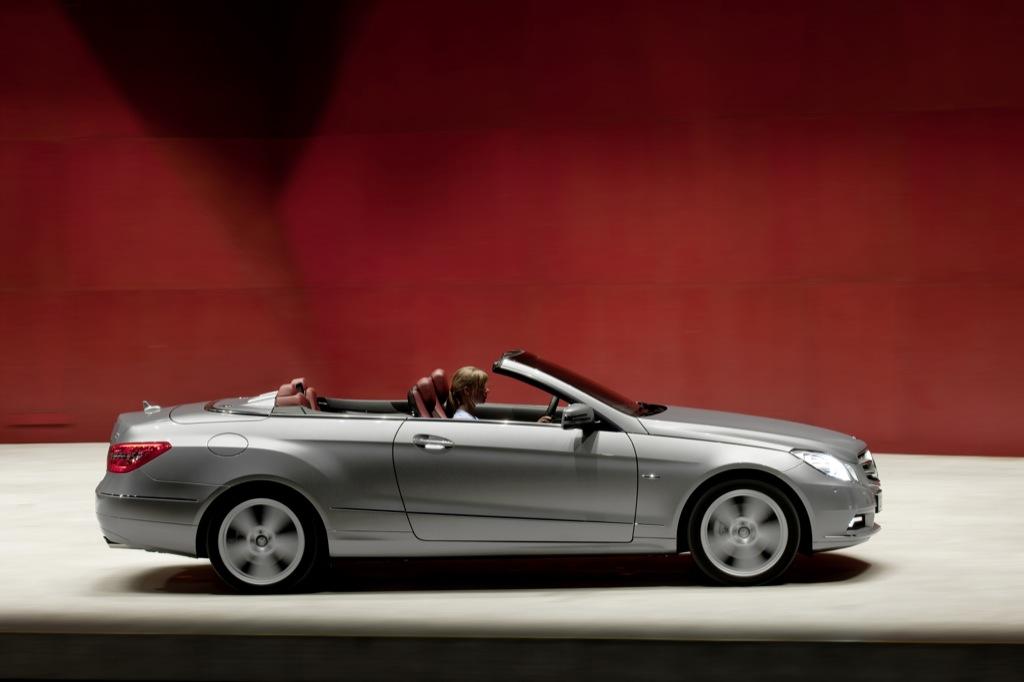2010 geneva auto show mercedes benz e klasse autoevolution. Black Bedroom Furniture Sets. Home Design Ideas